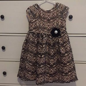 Pippa & Julie Size 6 Girls Dress